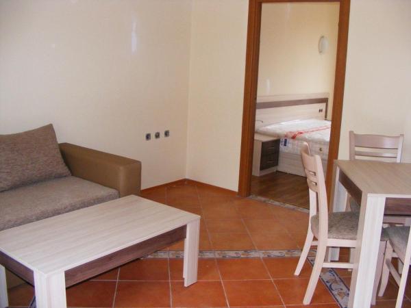 Hotellikuvia: Gera Apartment in Villa Romana, Elenite