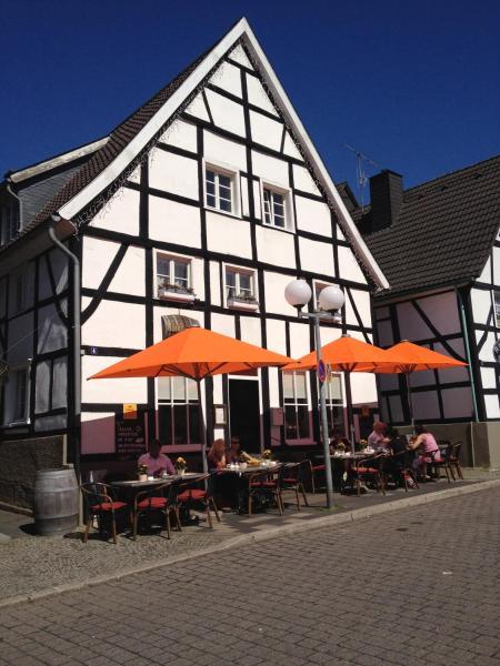 Hotel Pictures: Zweite Heimat Ferienwohnungen, Herdecke