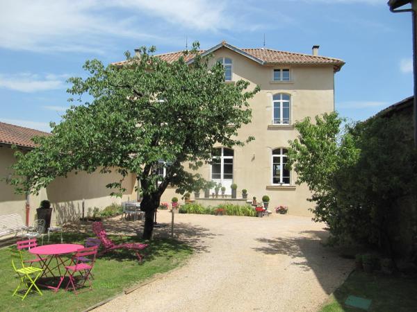 Hotel Pictures: , Corcelles-en-Beaujolais