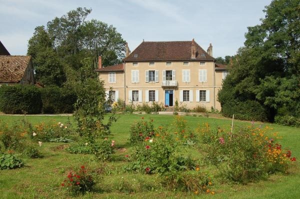 Hotel Pictures: Château de Lusigny, Sornay