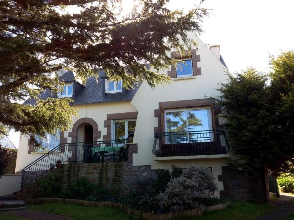 Hotel Pictures: Your house, Perros-Guirec