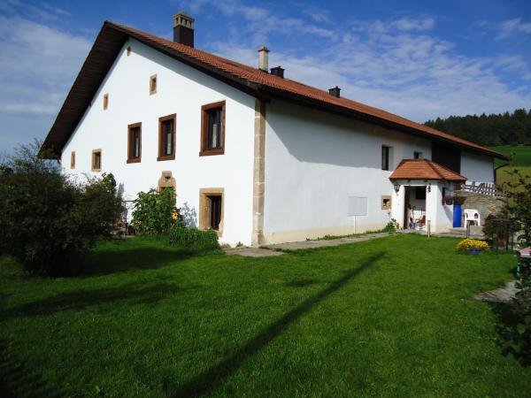 Hotel Pictures: Gîte Rural 1666, Saignelégier