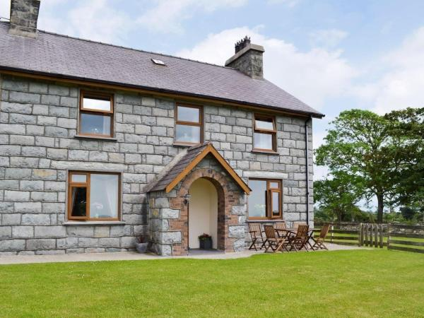 Hotel Pictures: Aberkin Farmhouse, Criccieth