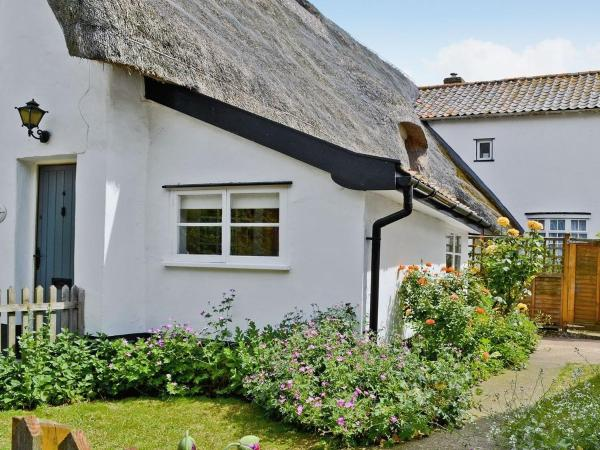 Hotel Pictures: Old Queens Head Cottage, Stuston