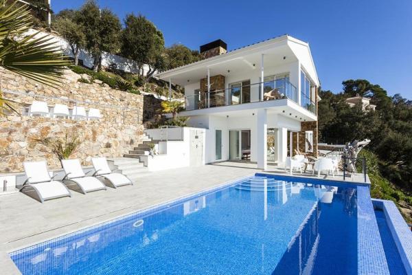 Hotel Pictures: Villa Pacifica, Santa Cristina dAro