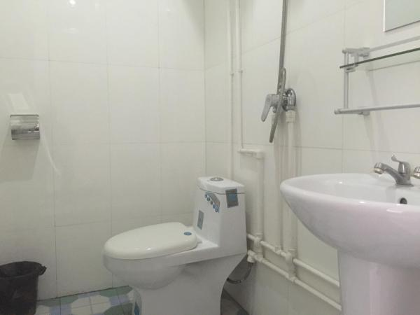 Mainland Chinese Citizen-Double Room with Shared Bathroom