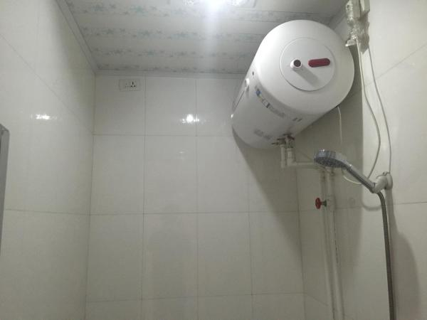 Mainland Chinese Citizen-Twin Room with Shared Bathroom