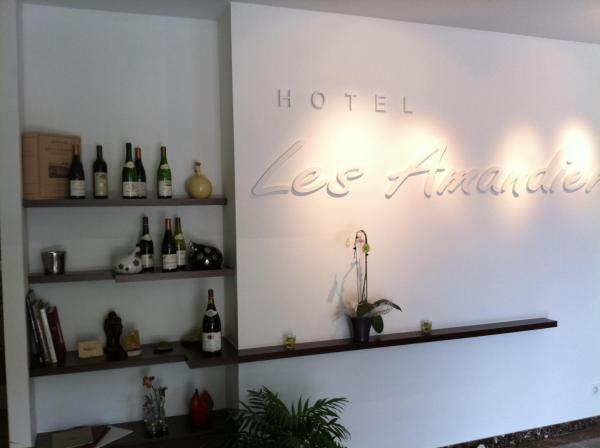 Hotel Pictures: , Tournon-sur-Rhône