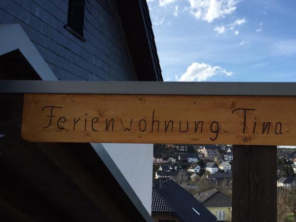 Hotel Pictures: Ferienwohnung Tina, Nettersheim