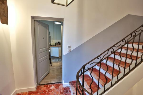 Apartment Tuile