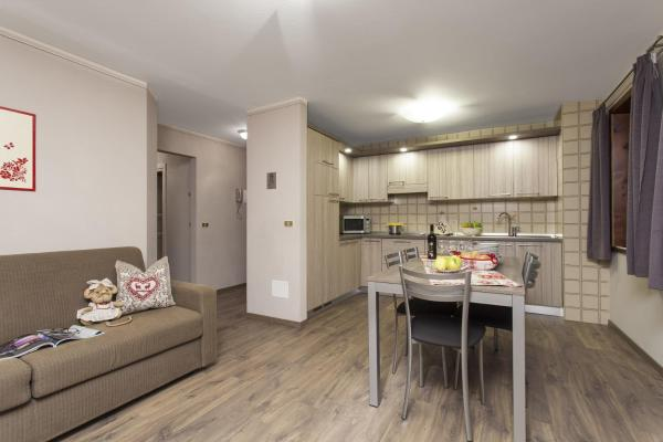 Four-Bedroom Apartment (8 Adults)