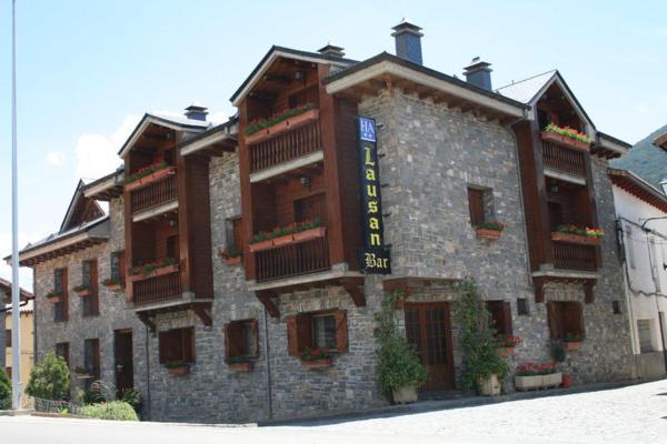 Hotel Pictures: Apartamentos Lausan, Gavín