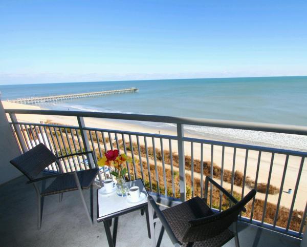 Three-Bedroom Suite - Ocean Front