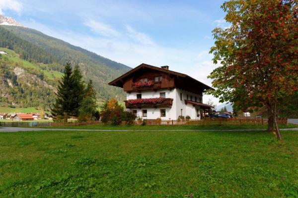 Zdjęcia hotelu: Ferienheim Gabi, Neustift im Stubaital