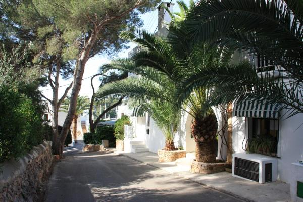 Hotel Pictures: Fowlers Hotel, Cala d´Or