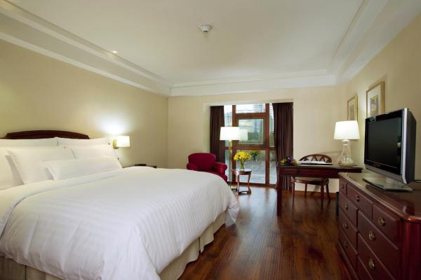 Premier Room with Two Beds