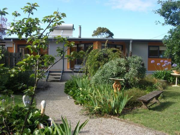 Hotelbilleder: Foottloose Beach House apartment, Portarlington