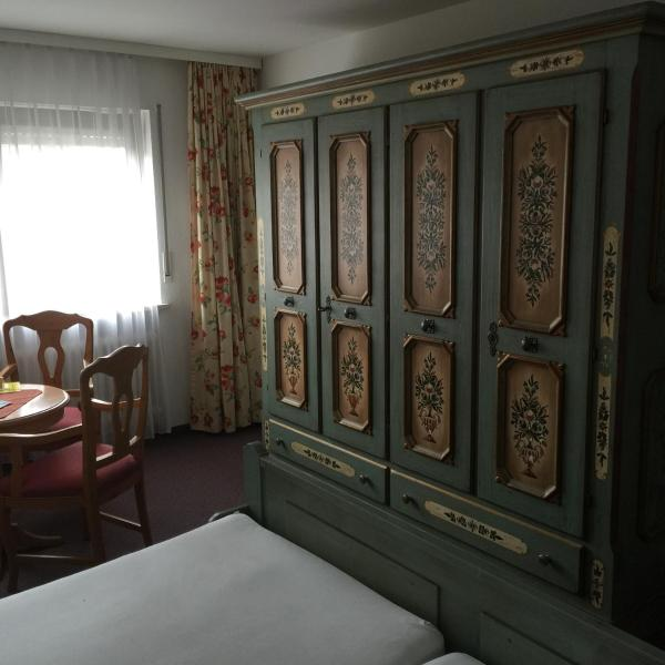 Hotel Pictures: Starzel-Stuben, Alling