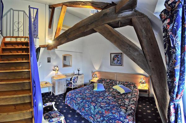 Sirius Twin Room - Loire View