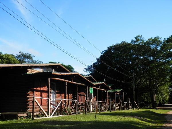 Hotel Pictures: Cabañas Los Timbó, Ituzaingó