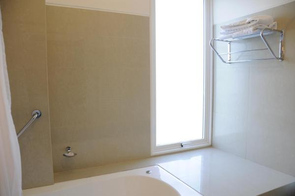 Deluxe Double or Twin Room with Spa Bath