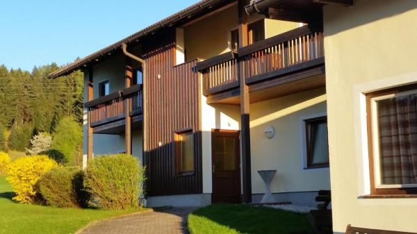 Hotel Pictures: Seppis Ferienhof, Latschach ober dem Faakersee