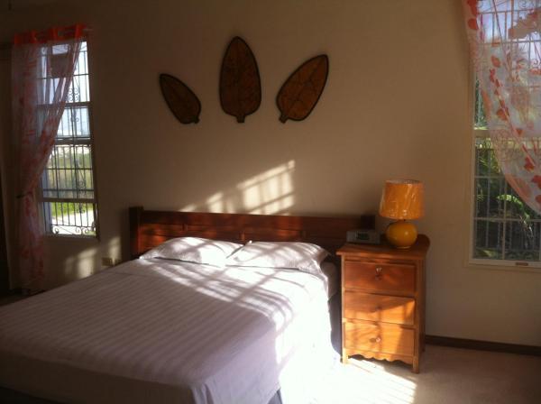 Hotel Pictures: Elizabeth Place, Belize City