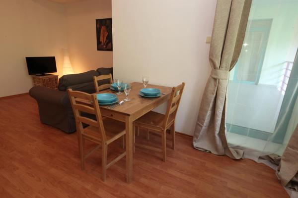 Studio with Terrace (3 Adults)