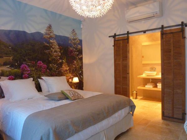 Hotel Pictures: Les Mazets du Luberon, Puget
