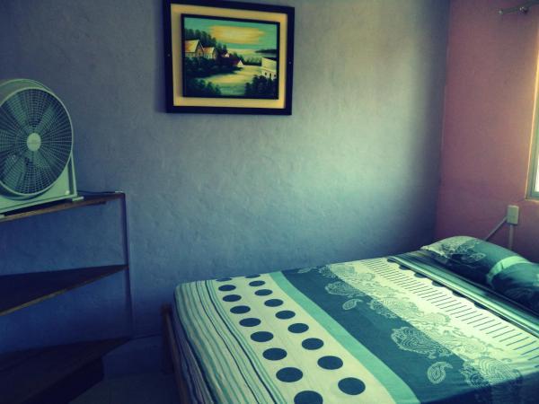 Hotel Pictures: Hostal Olas Del Mar, Olón