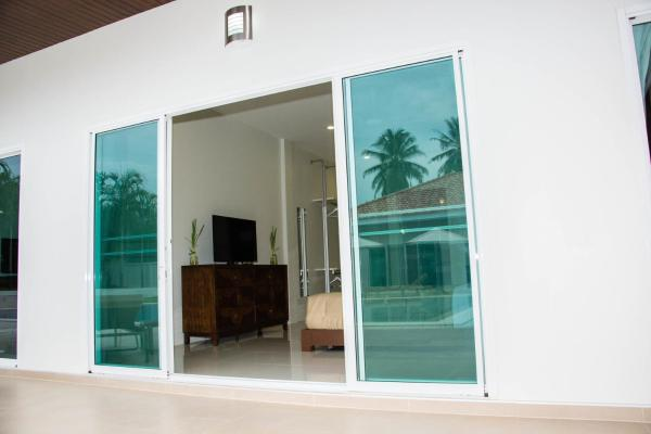Double Room with Pool View