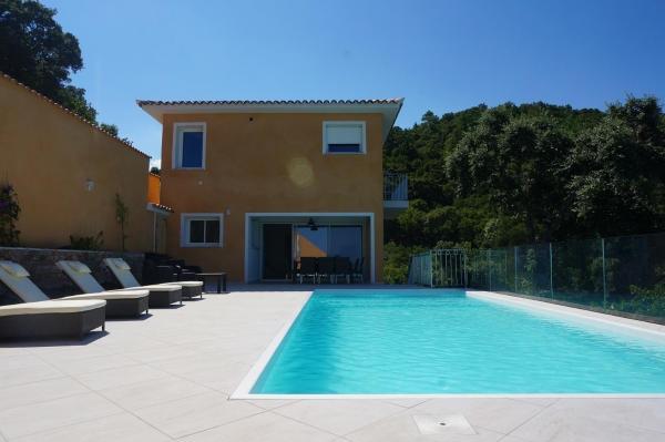 Hotel Pictures: Villa Panoramique, Favone