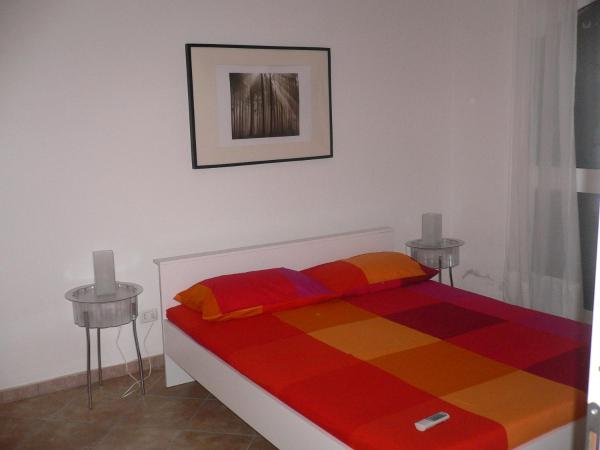 One-Bedroom Apartment with Terrace - 11