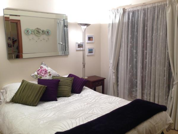 Hotellikuvia: Mornington Cherry Blossom Bedsit, Mornington