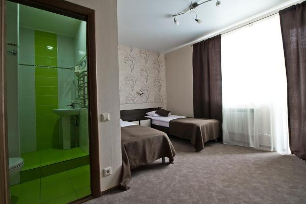 Twin Room with Balcony and Air-Conditioning