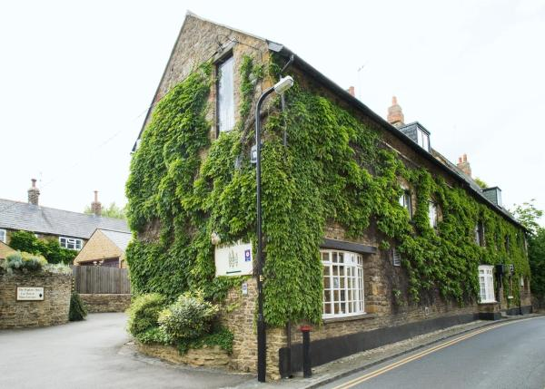 Hotel Pictures: The Poplars Hotel, Moulton