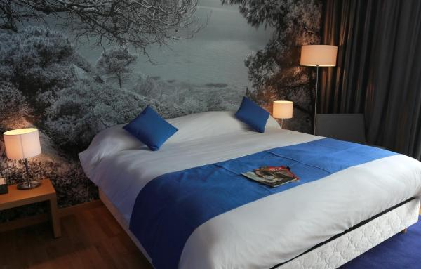 Standard Double Room Sea Front with Balcony