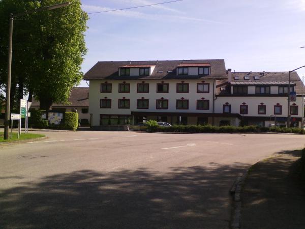 Hotellikuvia: , Sankt Georgen im Attergau