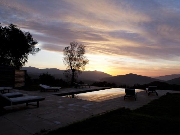 Hotel Pictures: , La Vall de Bianya
