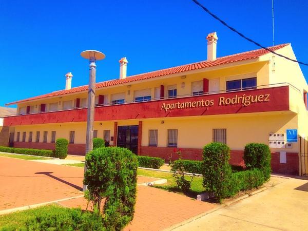 Hotel Pictures: Apartamentos Rodríguez, Matalascañas