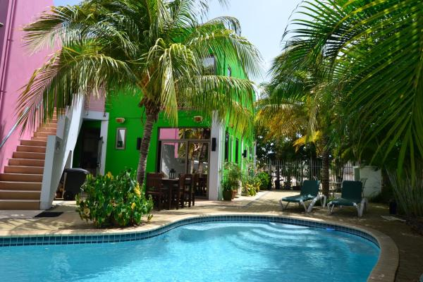 Hotel Pictures: Quints Travelers Inn, Willemstad