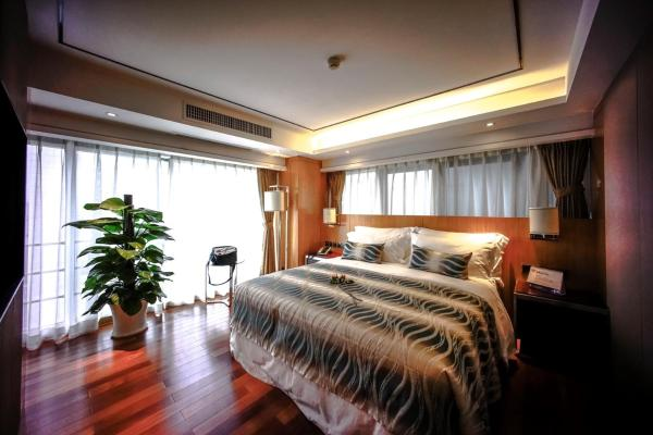 Deluxe Double Room with Kitchen
