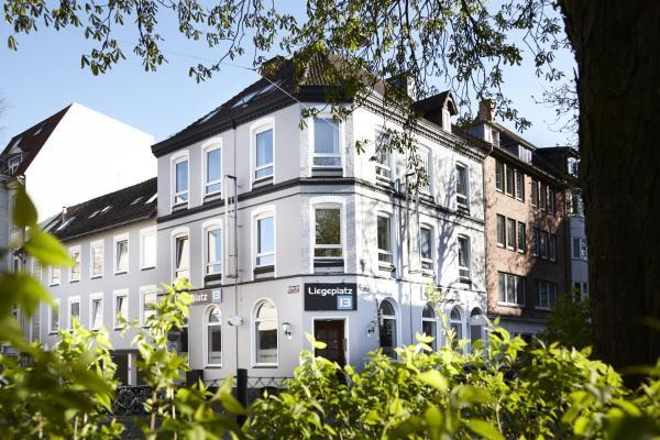 Hotel Pictures: Liegeplatz 13, Kiel