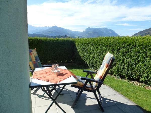 Fotos do Hotel: Ferienwohnung Sonnenwiese, Kössen