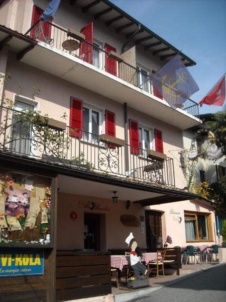 Hotel Pictures: Al Boccalino Bed&Breakfast, Melide