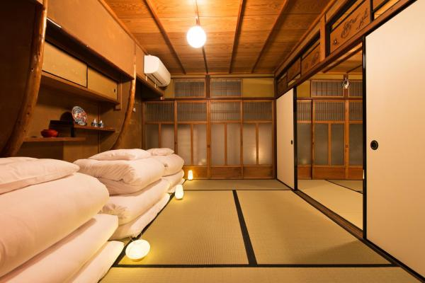 Premium Japanese-Style Room with Shared Bathroom