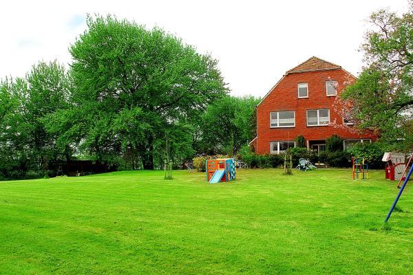 Hotel Pictures: Ferienhof Westerwarf, Norden
