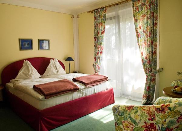 Fotos do Hotel: Gästehaus Pension Ria, Pörtschach am Wörthersee