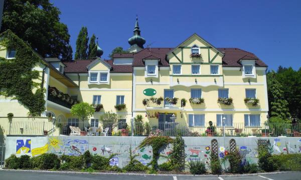 Hotellikuvia: Landhotel Donautalblick, Artstetten