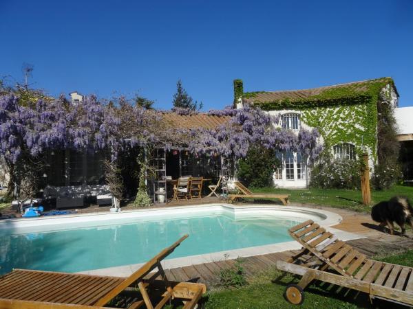 Hotel Pictures: Chambre d'hôte Paradis Nature, Saleilles
